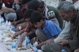 إفطار جماعي بين الحطام